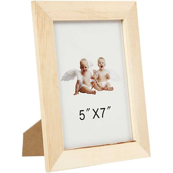 "Wooden Frame with Glass for 5"" x 7"" Picture"