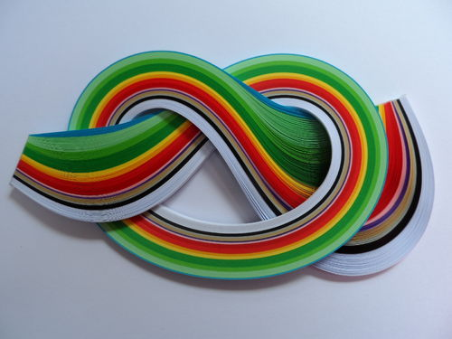Pack of 175 Strips of 3mm Quilling Papers Christmas Colours